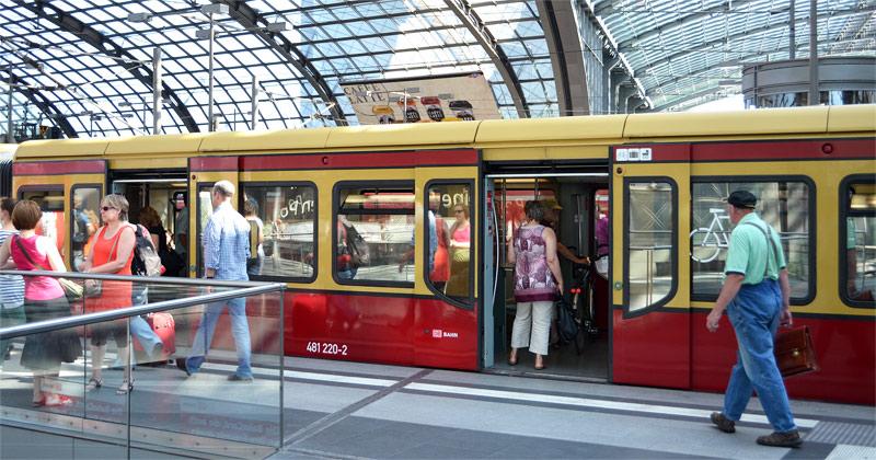 S-Bahn Hauptbahnhof Berlin