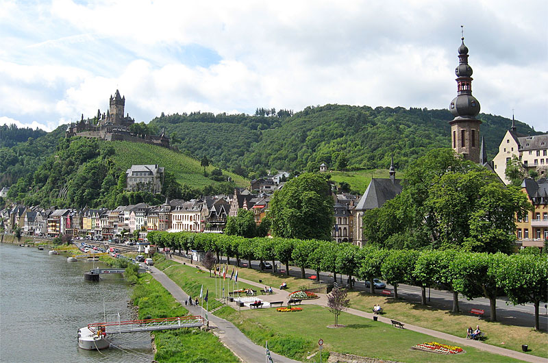 Cochem Castle and river bank