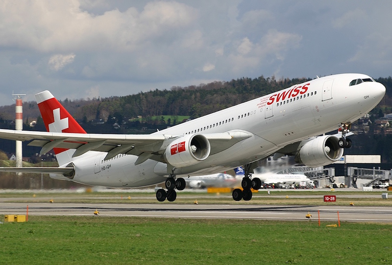 Swiss Air AB330