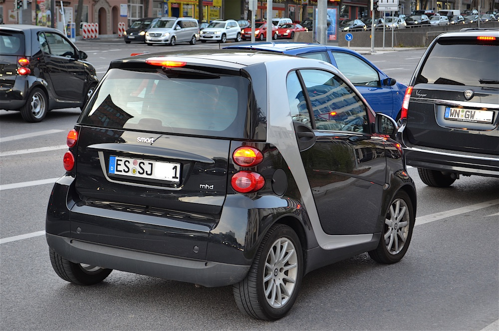 Because The Cost Of Fuel Is Twice As Much Per Gallon In Us Many Germans Prefer A Smaller Vehicle Like This Smart Car Photo Hyde Flippo