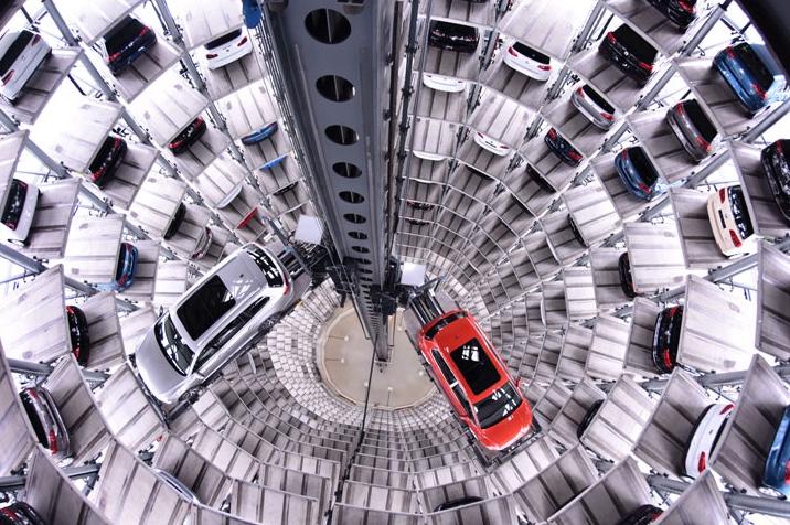 VW Auto Tower