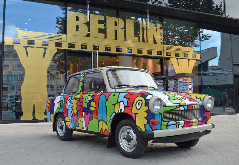 Trabi by Thierry Noir