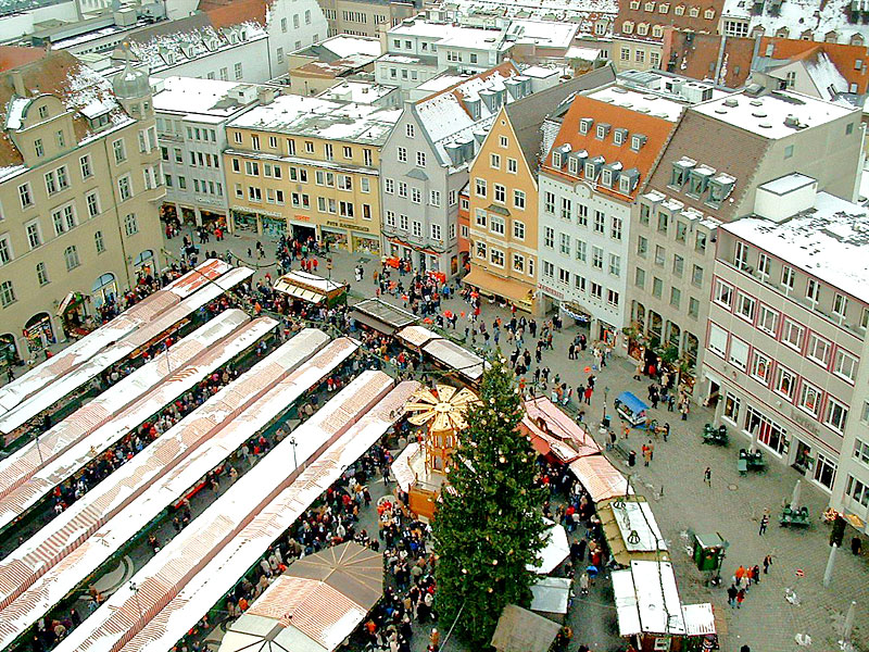Which Country Hosts Striezelmarkt A Christmas Market Thats Been Held Since 1434.Christmas Markets In Germany And Europe The German Way More